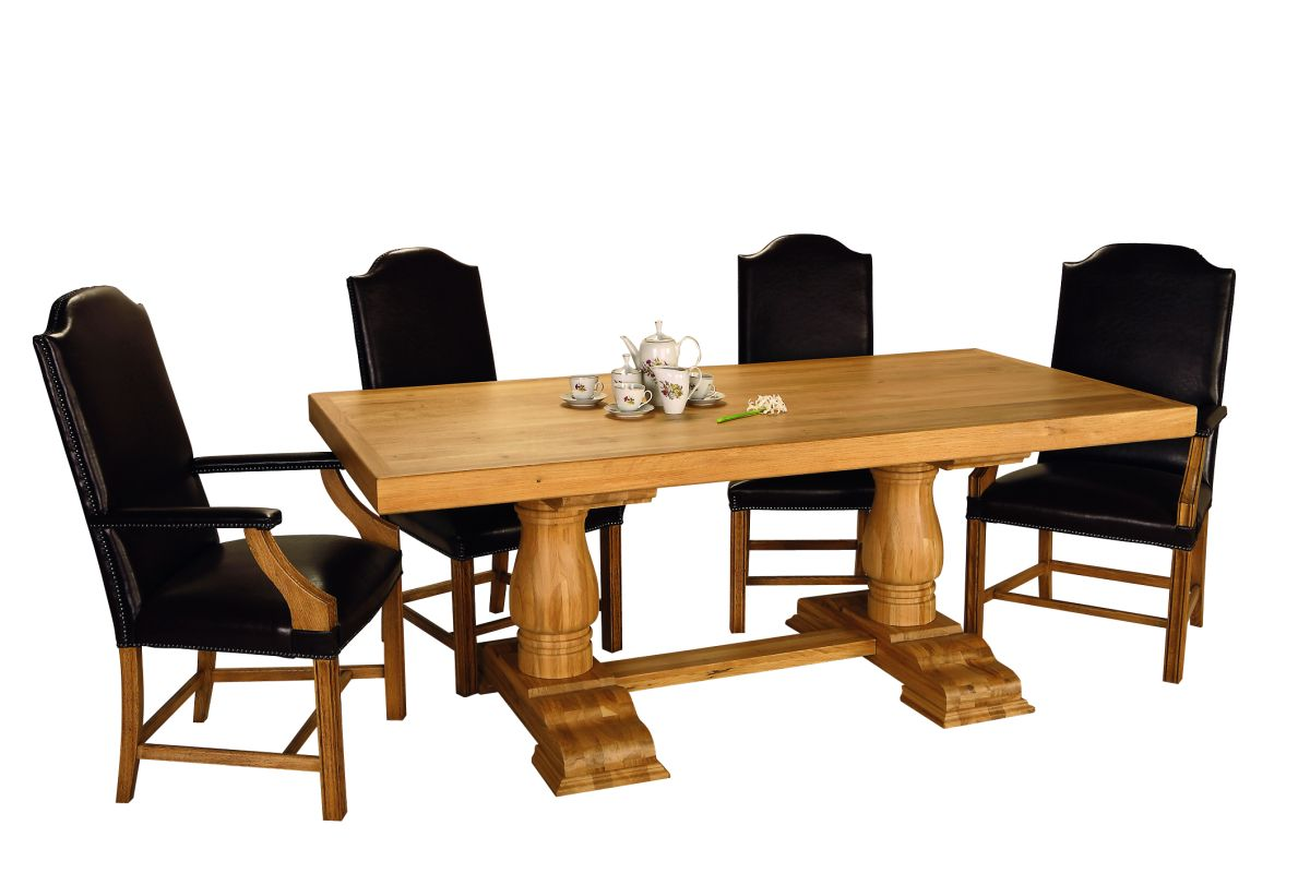 Solid Oak Rustic Table – Round Legs
